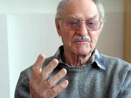 Ján Matocha počas rozhovoru živo gestikuloval... Foto: autor